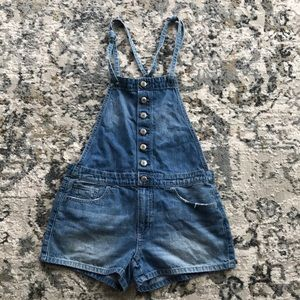 American Eagle short overalls